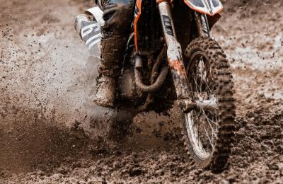 PRODUCT_IMAGES_RANGE-LANDING-PAGES_columna_caracteristicas_motorbike-imagen1