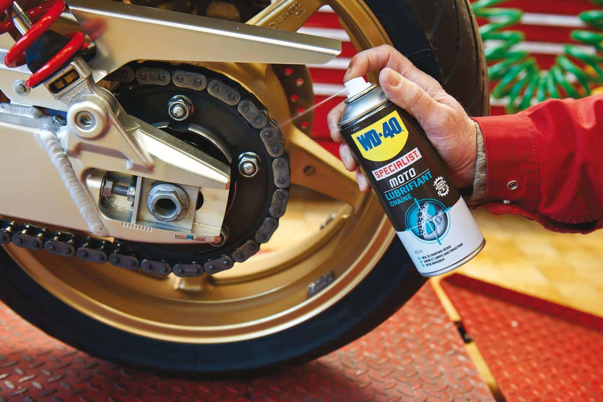 passo a passo para lubrificar a corrente da moto